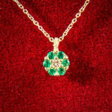 Lantisor din aur cu smaralde sintetice de la Dixi Bijou Srl