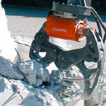 Cleste excavator demolator 430DE T34 de la Proma Machinery Srl.