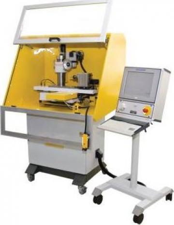 Masina de ascutit cutite circular FSM-CNC de la Proma Machinery Srl.