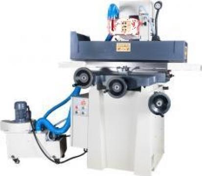 Masina de rectificat plan cu avansuri manuale PBP-220 de la Proma Machinery Srl.