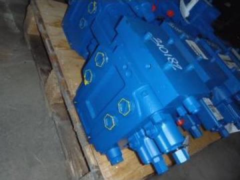 Distribuitor hidraulic Rexroth, p/n CNH87310589 de la Instalatii Si Echipamente Srl