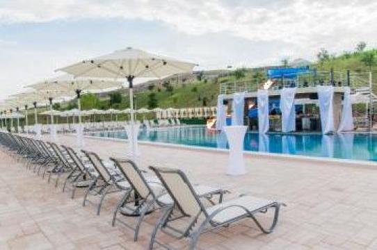 Sezlonguri pentru piscina hotel, pensiune, plaja, strand de la M.f.l. Contract Services Srl