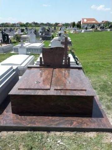 Cruci funerare din marmura si granit de la I.I. Palincas Nicolae
