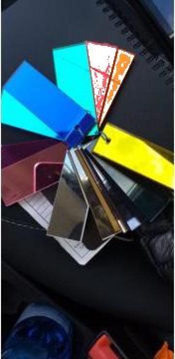 Oglinda color de la Geo & Vlad Com Srl