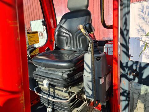 Miniexcavator Yanmar 2800 kg de la Auto-Kodin Srl