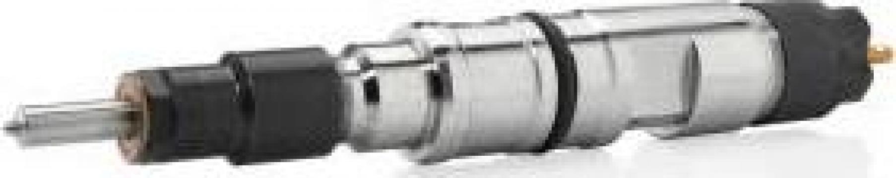 Injector Bosch 0445110777Kubota de la Magazinul De Piese Utilaje Srl