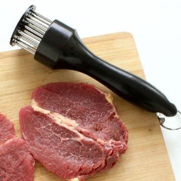 Aparat manual pentru fragezit carnea Meat Tenderizer de la Startreduceri Exclusive Online Srl - Magazin Online - Cadour
