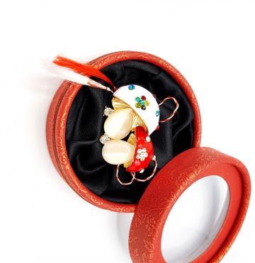 Martisor brosa doua ciupercute in cutiuta (ABGL12-ACGL01)