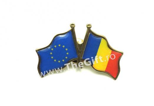 Insigna dubla, steagurile Romaniei si UE