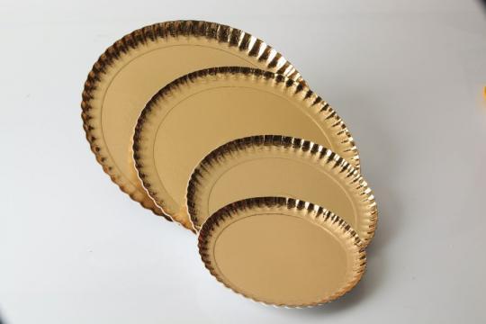 Farfurii groase carton auriu 18cm de la Cristian Food Industry Srl.
