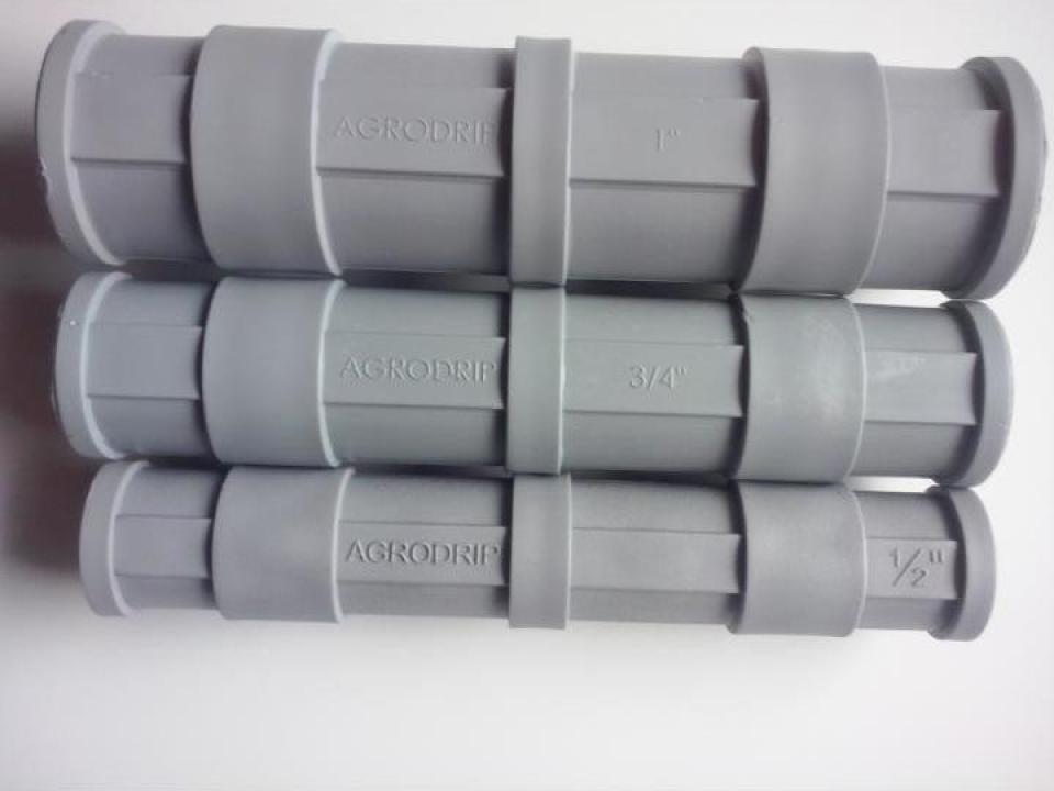 Clipsuri PVC pentru prindere folie solarii