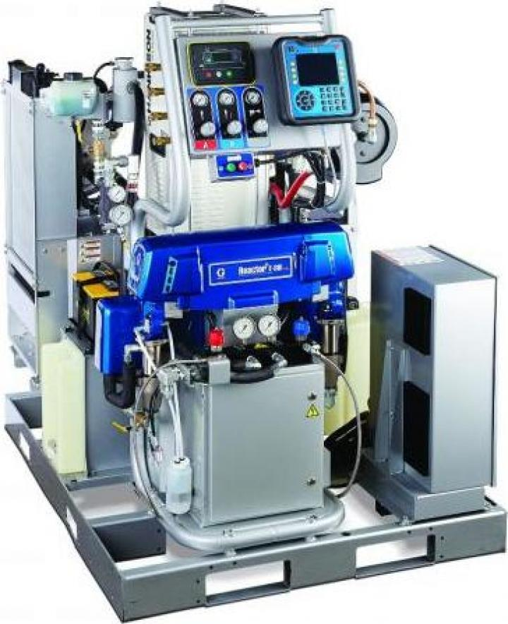 Sistem integrat spuma poluretanica Graco Reactor E-30i