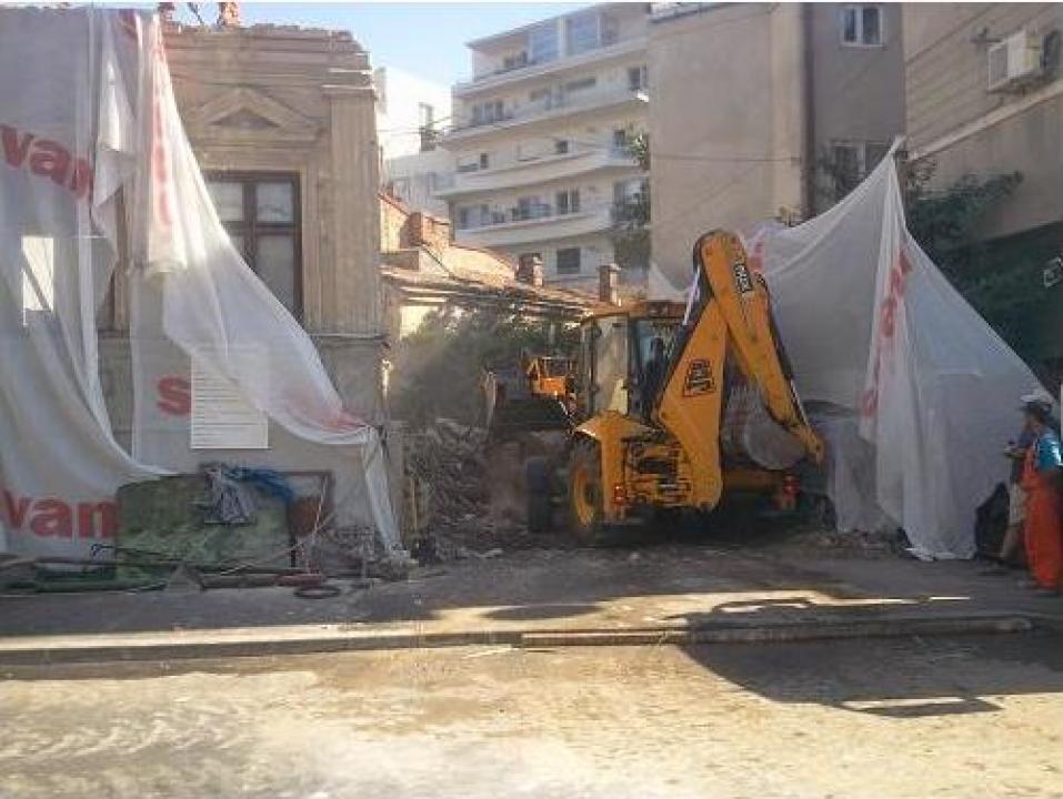 Servicii demolari case, demolari constructii